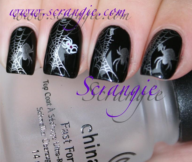 Scrangie: Silver Spiders Halloween Manicure