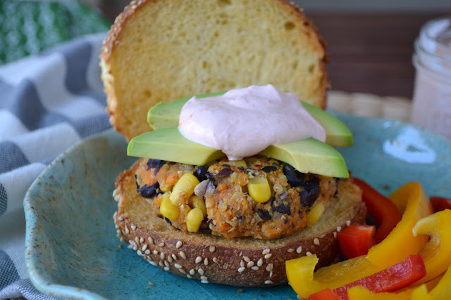 Sweet Potato Burgers with Sriracha Yogurt Sauce