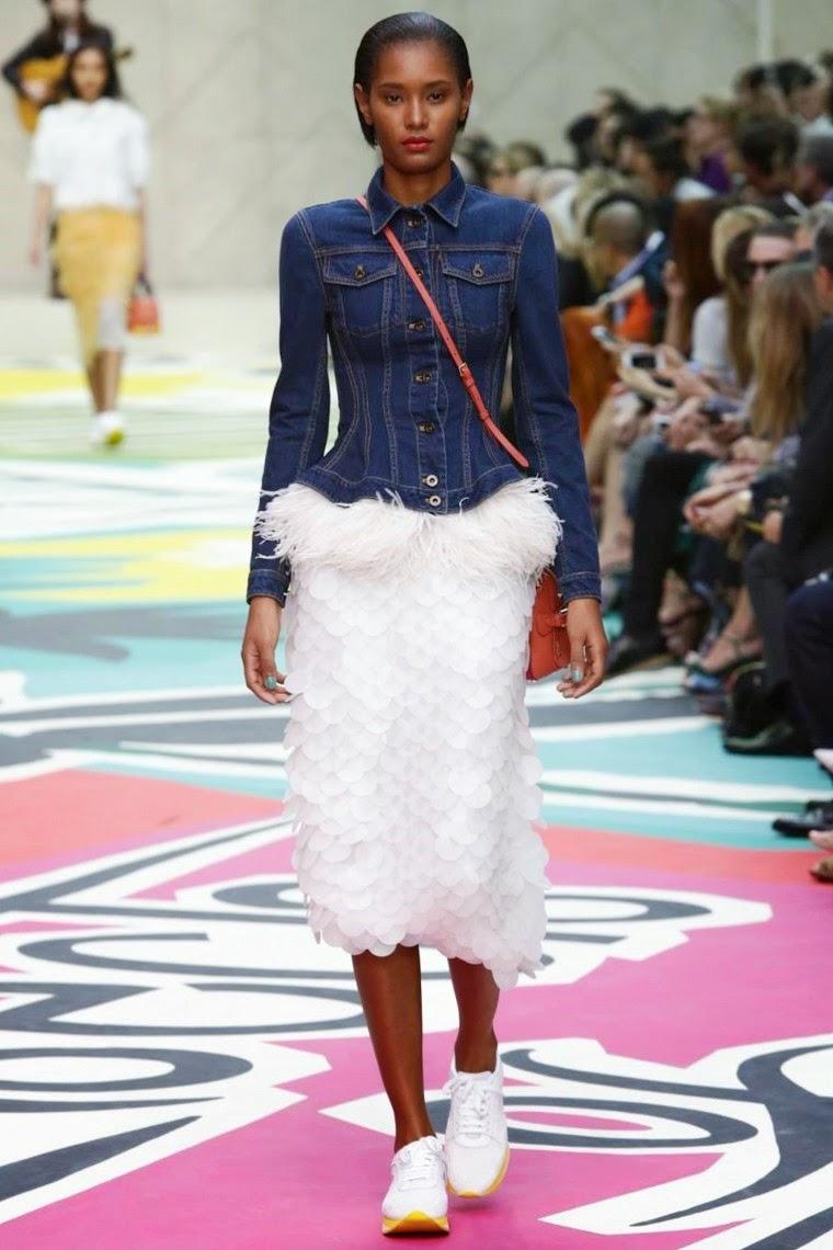 Burberry Prorsum spring summer 2015, Burberry Prorsum ss15, Burberry Prorsum, Burberry Prorsum ss15 lfw, Burberry Prorsum lfw, burberrys, burberry logo, prorsum, robe burberry, lfw, lwss15, lfw2014, fashion week, new york fashion week, du dessin aux podiums, dudessinauxpodiums, vintage look, dress to impress, dress for less, boho, unique vintage, alloy clothing, venus clothing, la moda, spring trends, tendance, tendance de mode, blog de mode, fashion blog,  blog mode, mode paris, paris mode, fashion news, designer, fashion designer, moda in pelle, ross dress for less, fashion magazines, fashion blogs, mode a toi, revista de moda, vintage, vintage definition, vintage retro, top fashion, suits online, blog de moda, blog moda, ropa, asos dresses, blogs de moda, dresses, tunique femme,  vetements femmes, fashion tops, womens fashions, vetement tendance, fashion dresses, ladies clothes, robes de soiree, robe bustier, robe sexy, sexy dress