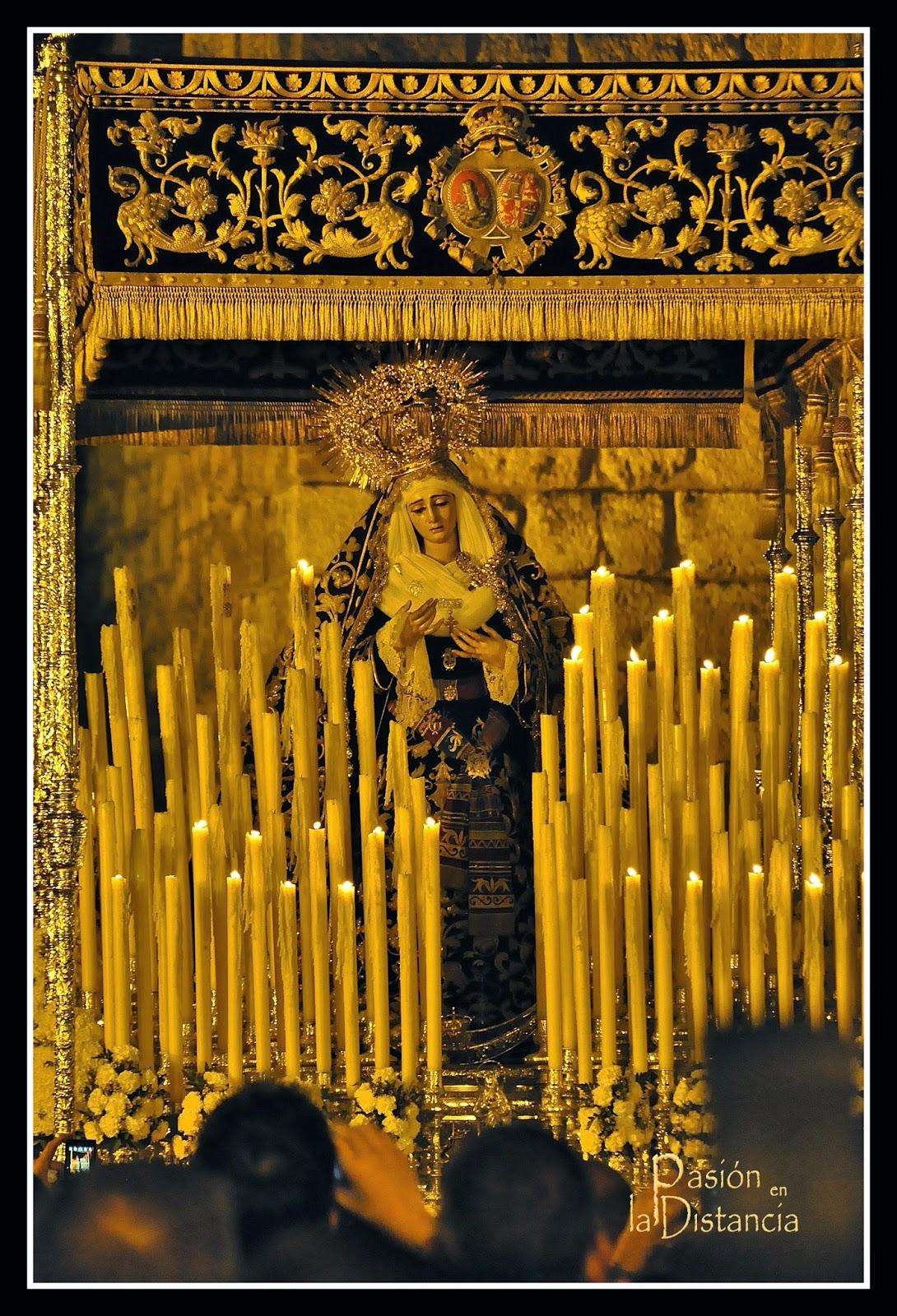Fotos Virgen de la Victoria Cigarrera Jueves Santo 2014