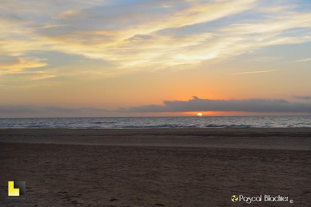 lever de soleil à la mer photo blachier pascal