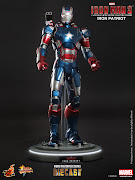 MMS195D01 – Iron Man 3: 1/6th scale Iron Patriot Limited Edition Pre Order .