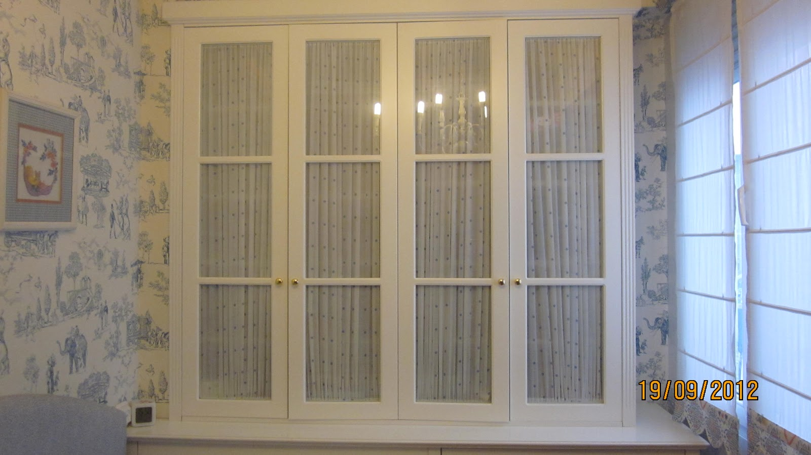 Decorar con cortinas y mucho m s habitaci n infantil - Armarios con cortinas ...