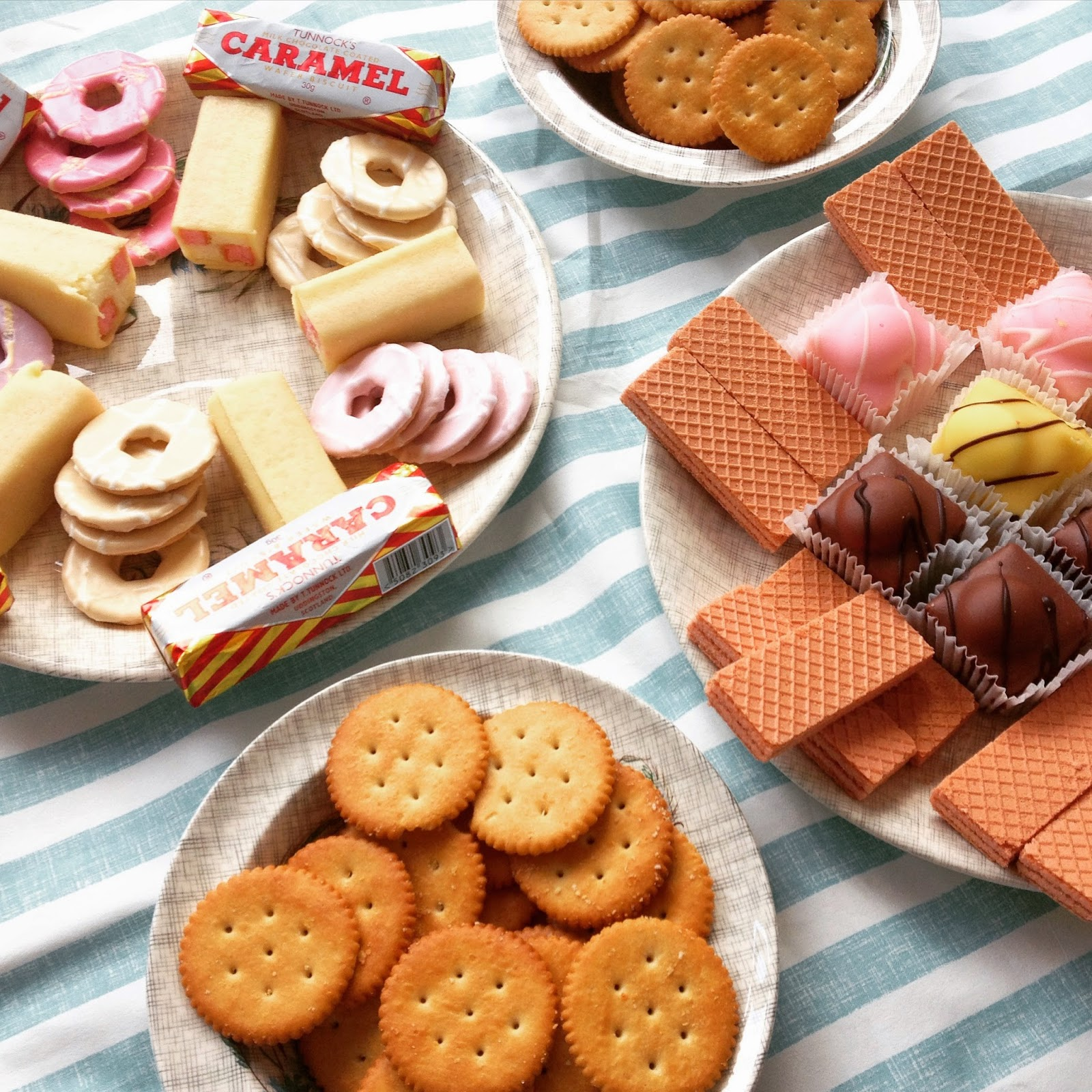 1970s party food