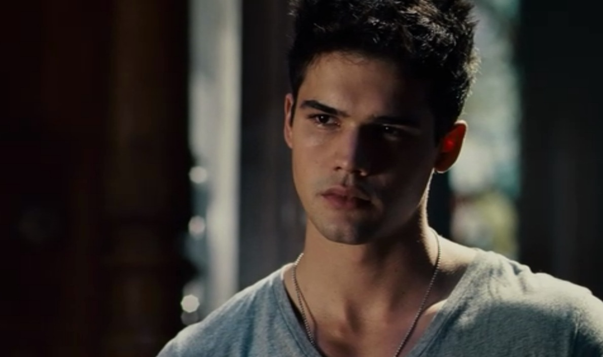 Steven strait photos tv series posters and cast for The crawford