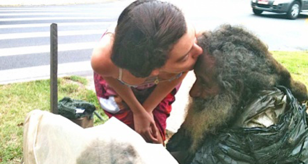 Everyday She Said Hello To A Homeless Man, Then One Day He Handed Her A Note