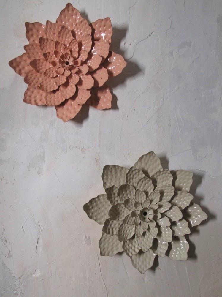 Les Petits Bohemes metal flowers