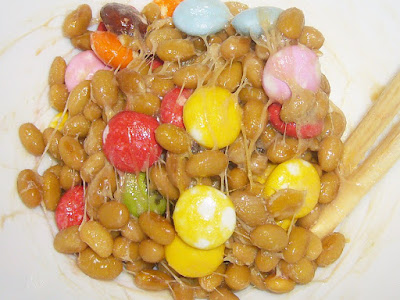 納豆にマーブルチョコレート