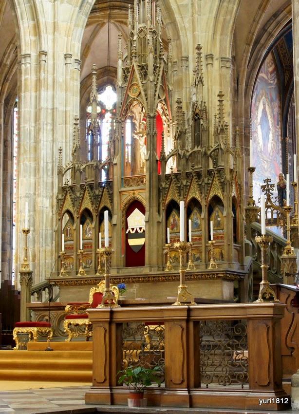 Центральный неф собора святого Вита