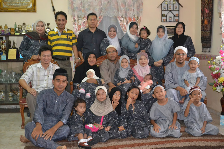my big family without my hubby...(keje)
