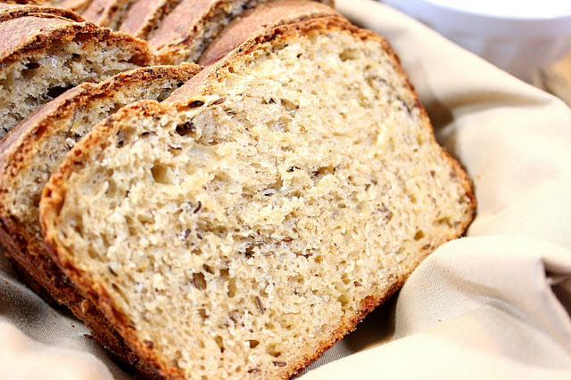 Whole Wheat Caraway Cheese Bread