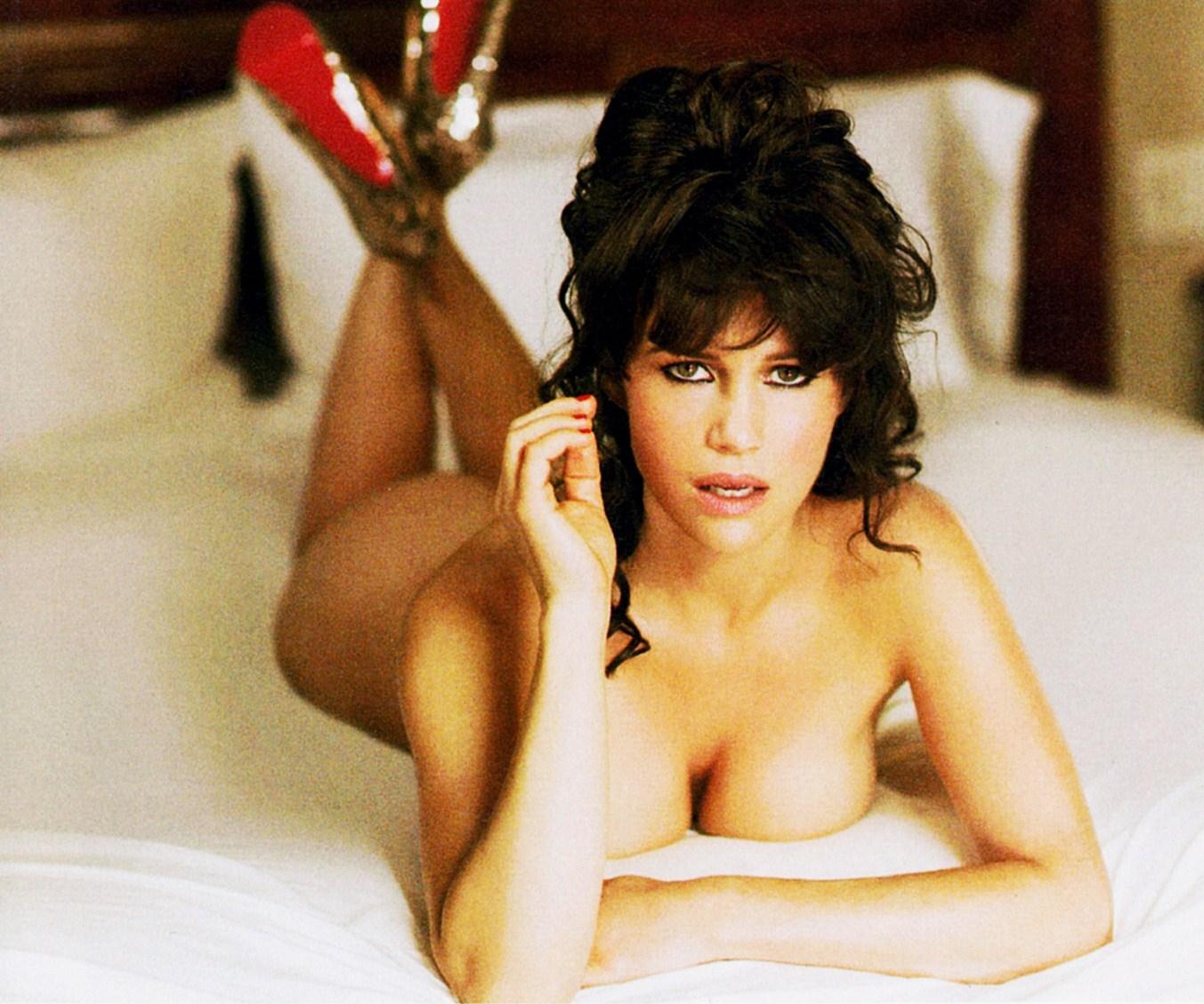 Carla Gugino Hot