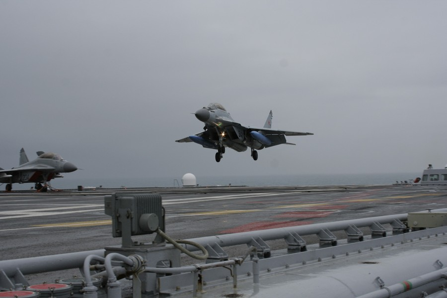 mig29k fulcrumd lands on indian aircraft carrier ins