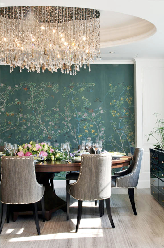 Blue de gournay and gracie wallpapered dining rooms - Dining room crystal lighting ...
