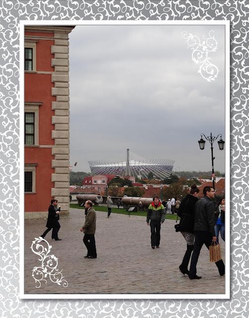 Stadion Narodowy z Placu Zamkowego