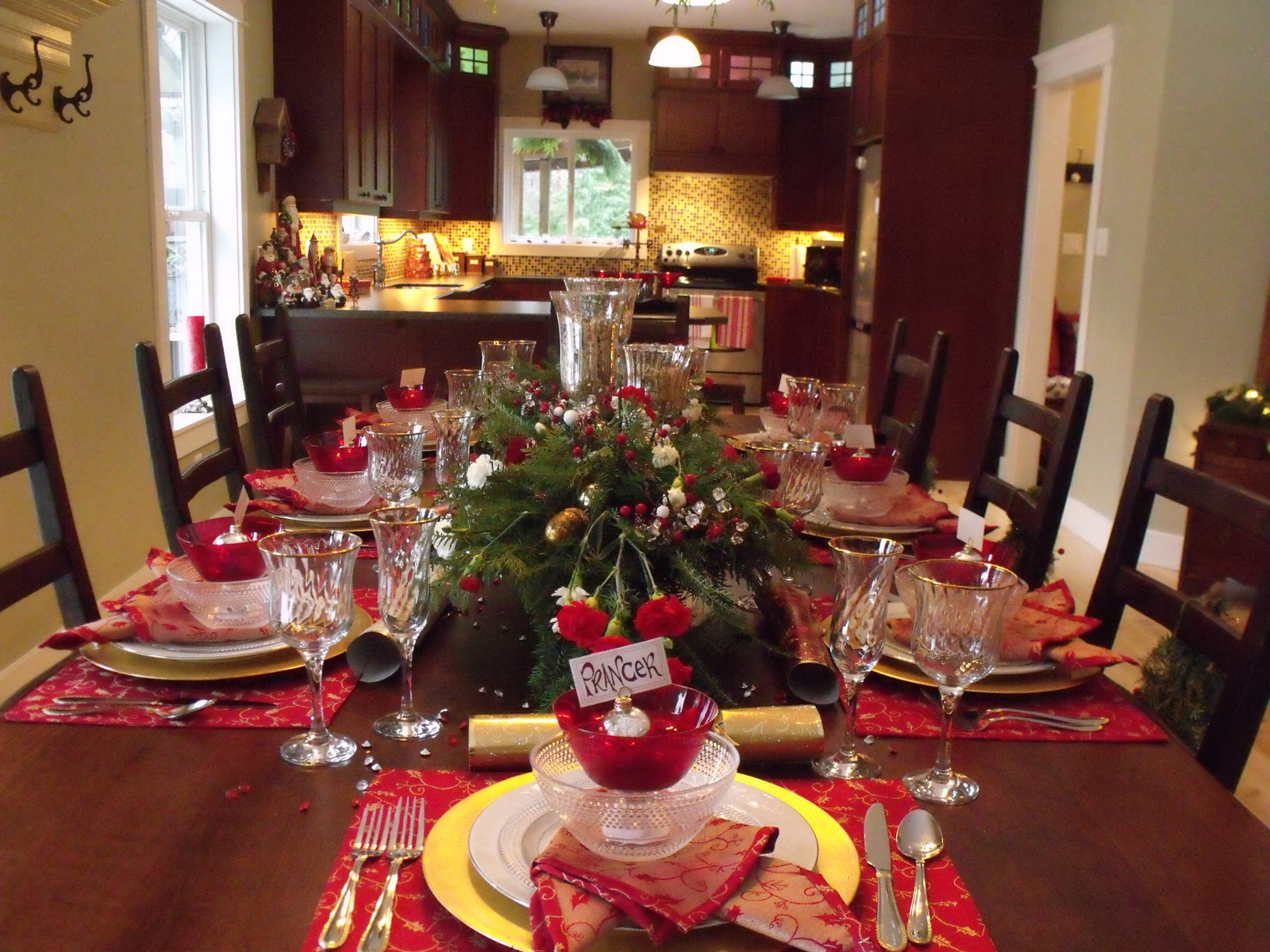 Design ideas dining room at Christmas with family