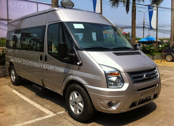 cho thue xe dam cuoi ford transit