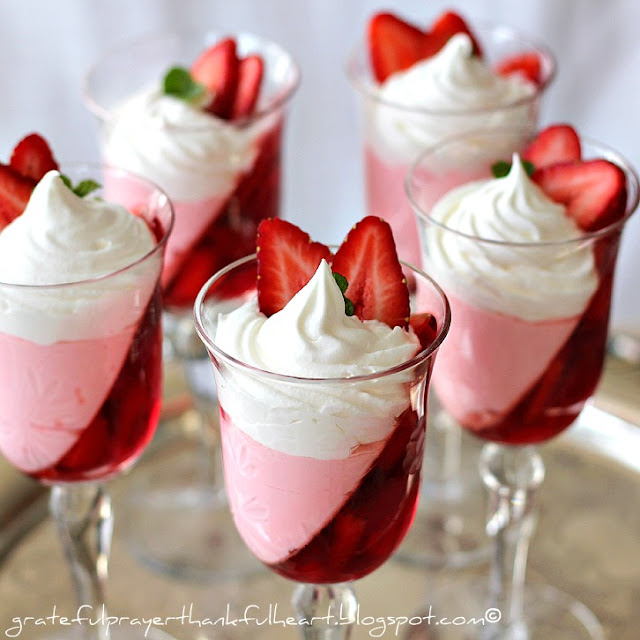 Light desserts for holiday