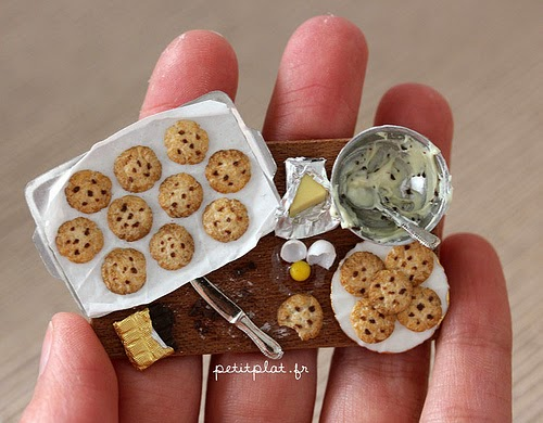26-Stéphanie-Kilgast-Incredible-Miniature-Foods-Savoury-Sweet-Dishes-Dolls-House-www-designstack-co