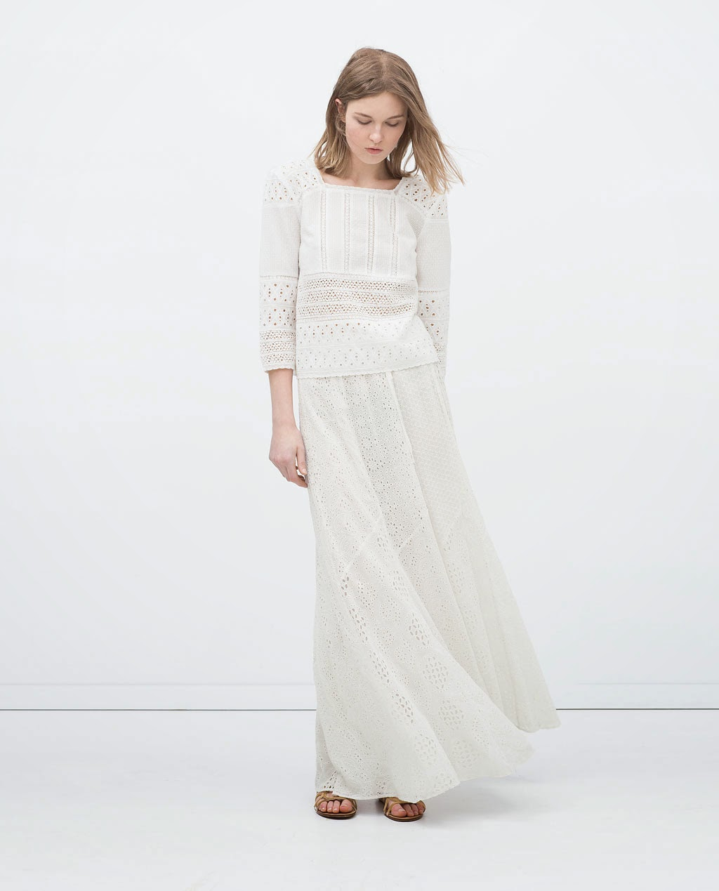 Zara - Top, saia comprida branca de renda e gladiadora em pele