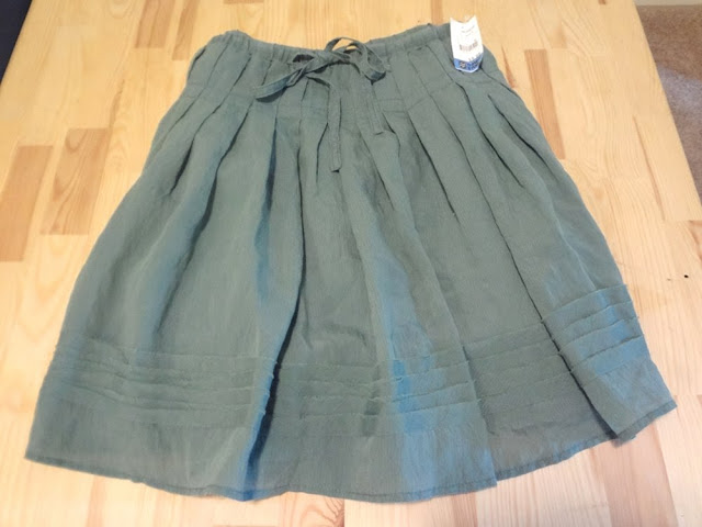 green flowy skirt