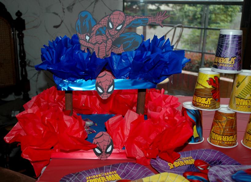 Decoraciones de spider man car interior design for Decoraciones de casas por dentro