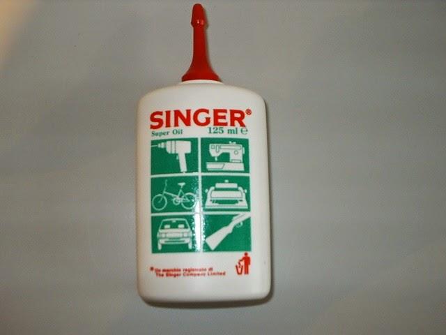 singer 125ml oil med - Nas Entranhas da Moto...