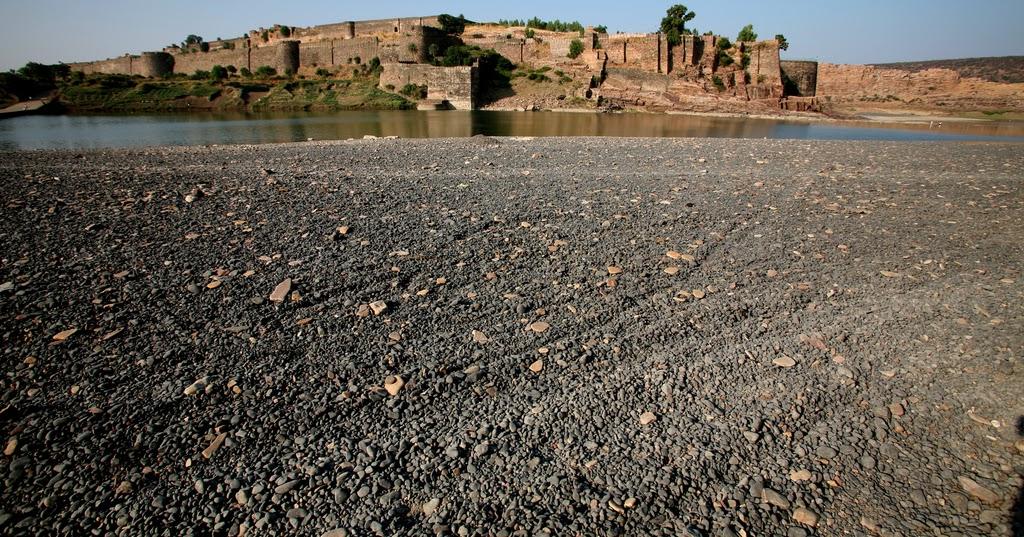Trip On The Wheels : Gagron Fort, Jhalawar, Rajasthan