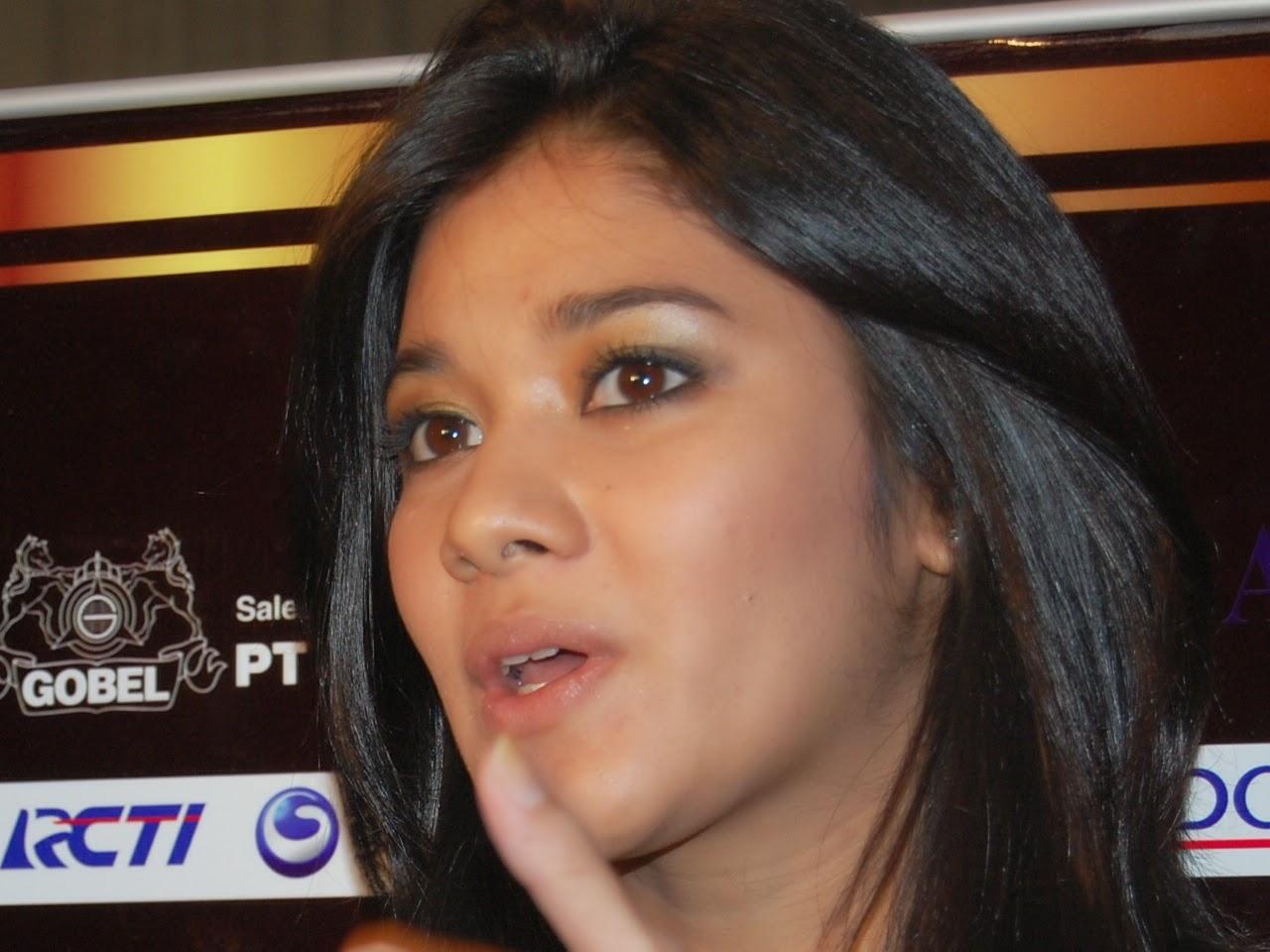 Naysila Mirdad