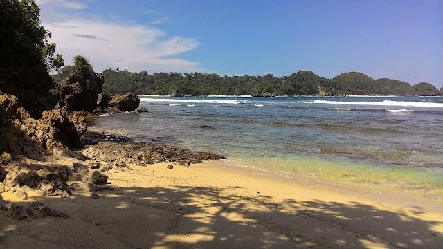 Pantai Savana