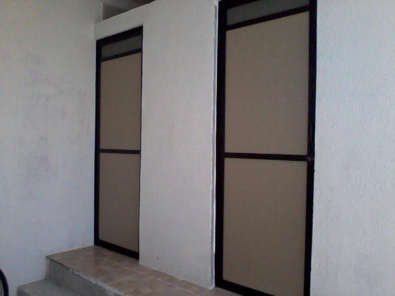 Puertas De Baño Aluminio:Puertas para baño abatibles en aluminio duranodic linea de 3 pulgadas