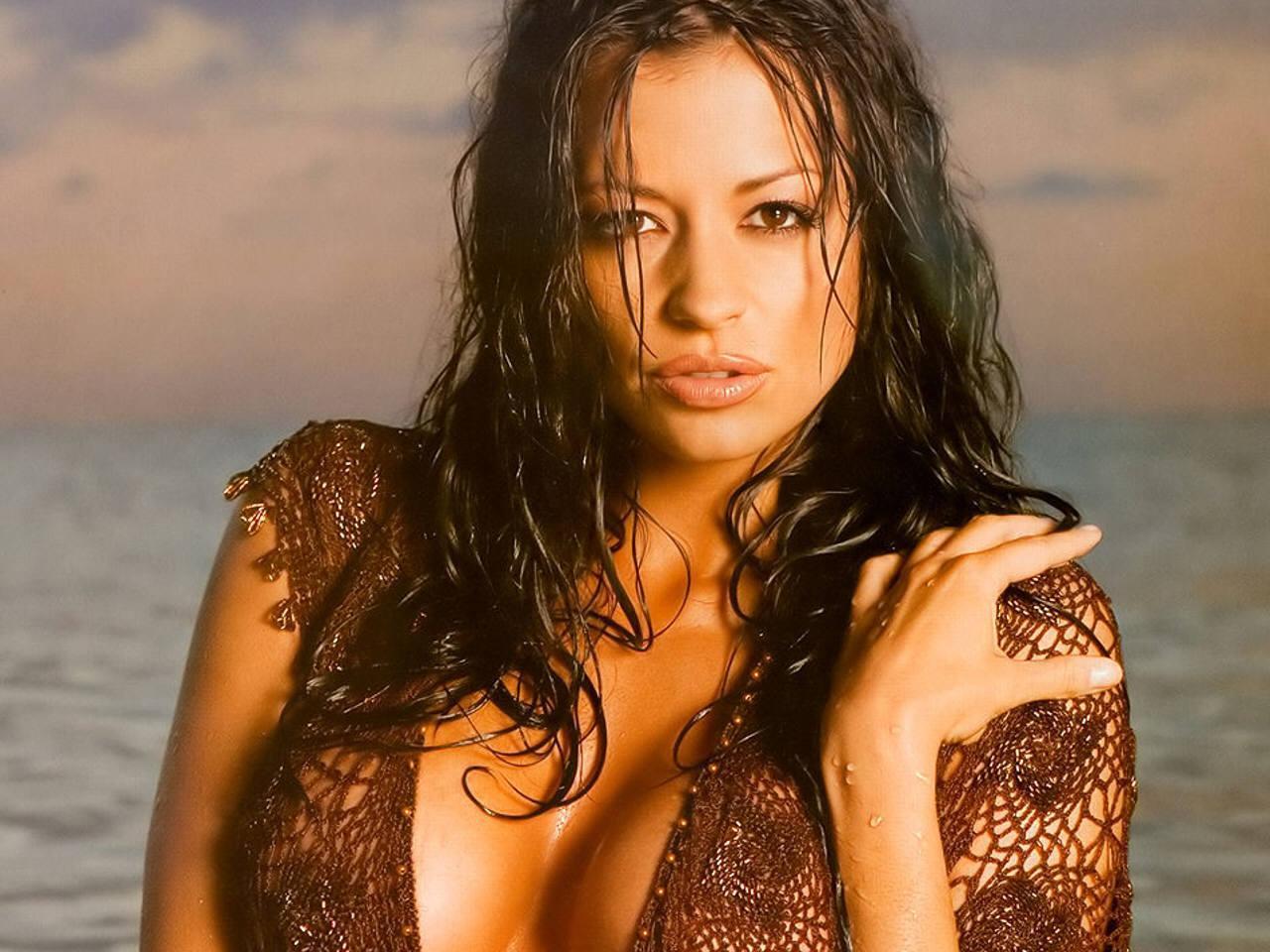 http://4.bp.blogspot.com/-yqE7-OdY-BI/TpS1FpCIJDI/AAAAAAAAFcA/pOrAipUfg4U/s1600/Candice+Michelle_1.jpg