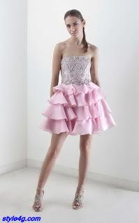 Vestido com saia rosa