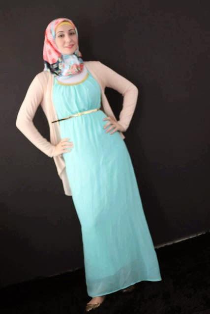 Robe longue avec hijab