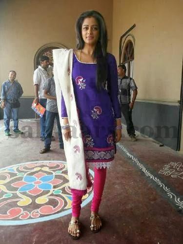 Priyamani Purple Salwar Kameez