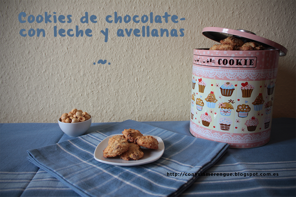 Cookies de chocolate con leche y avellanas