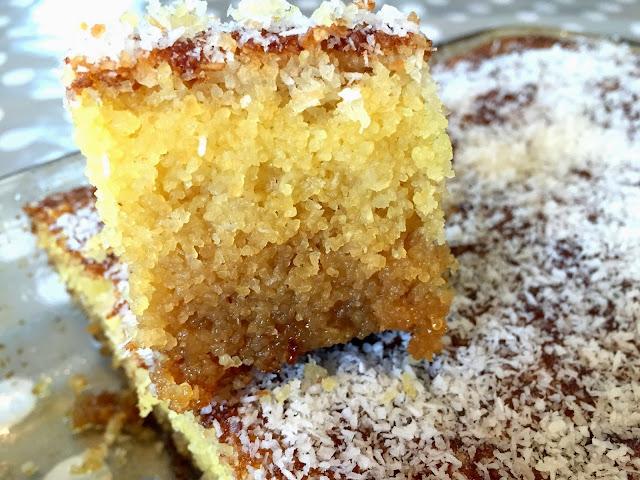 Gâteau oriental facile : Basboussa à la noix de coco
