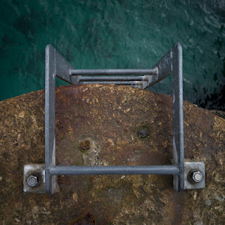 Mousehole Geometry – Square © Graham Dew