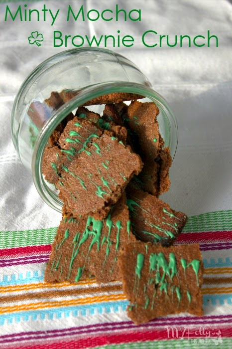 Minty Mocha Brownie Crunch / This and That  #brownies, #chocolate, #StPatricksDay