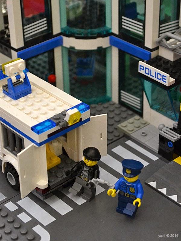 bricktopia - busted