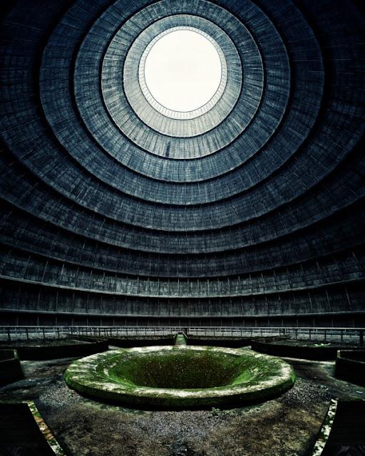 Green Pear Diaries, lugares abandonados, Central Eléctrica IM, Charleroi, Bélgica
