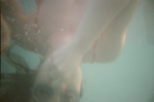 Reusable Underwater Lomo Camera Example Swimming