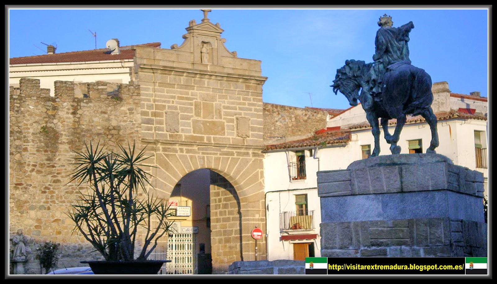 Extremadura plasencia i for Puerta 4 del jockey