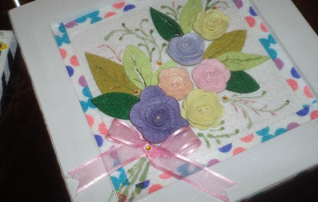 Alguns trabalhos com feltro, EVA e bordado confeccionados pela professora Zulmira Lack