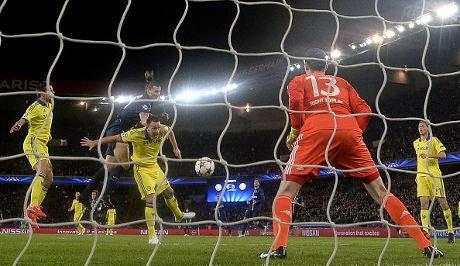 Liga Champions : Waspada Terhadap Aksi Ibra di Depan Gawang