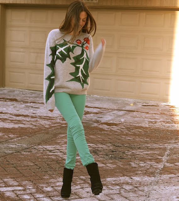 topshop holly jolly sweater, blank jeans, black booties