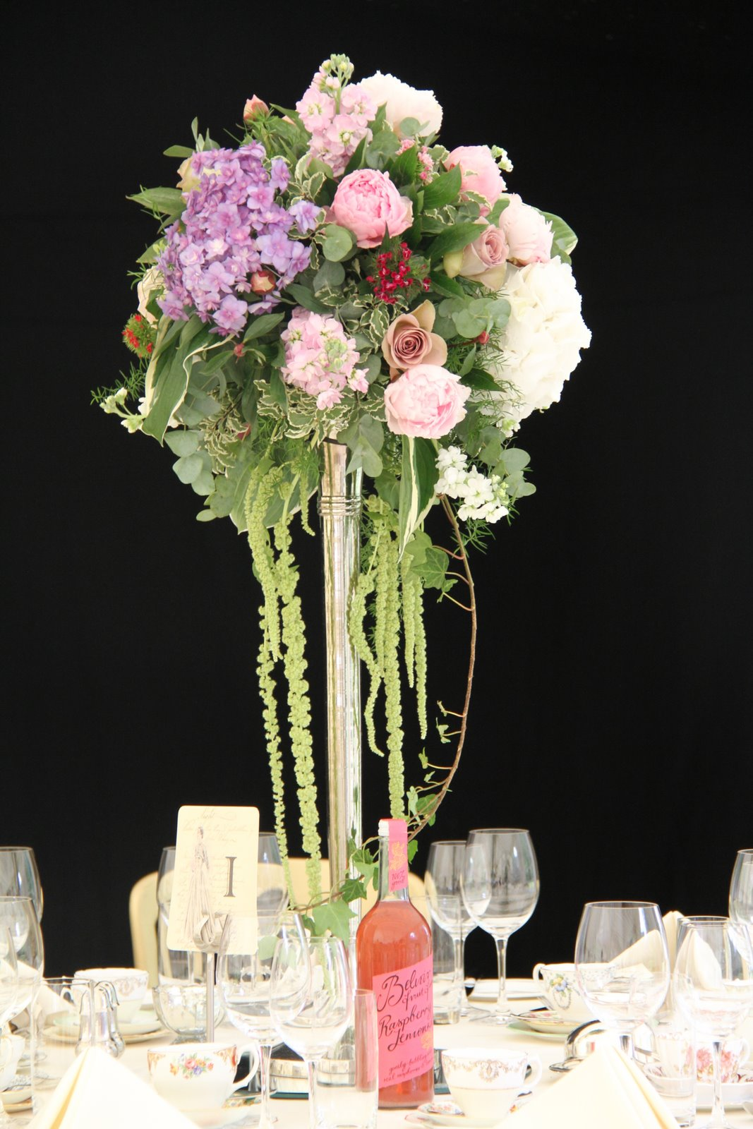 Set the scene for spring with a colorful tablescape! These stunning ideas for spring centerpieces and table decorations are sure to surprise and delight your dinner guests. Whether a fun flower arrangement in an unexpected vessel or a simple place setting, these creative crafts are .
