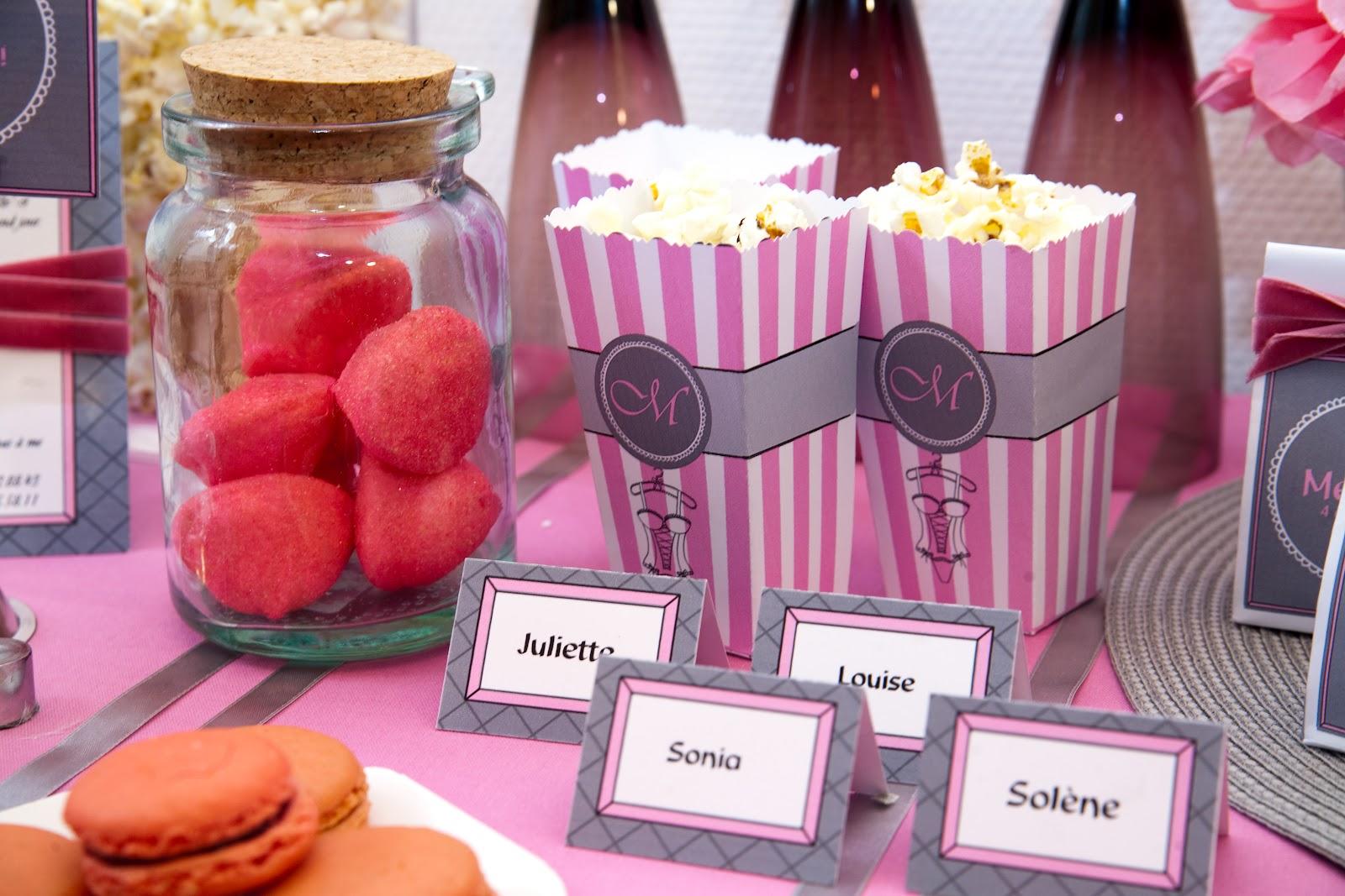 bocal bonbons et marque place assorti rose et gris