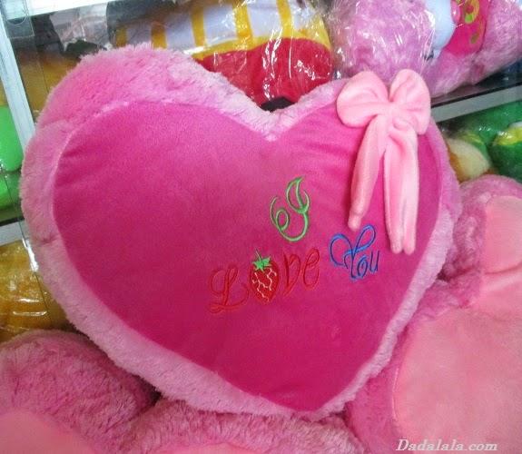 Boneka Cinta
