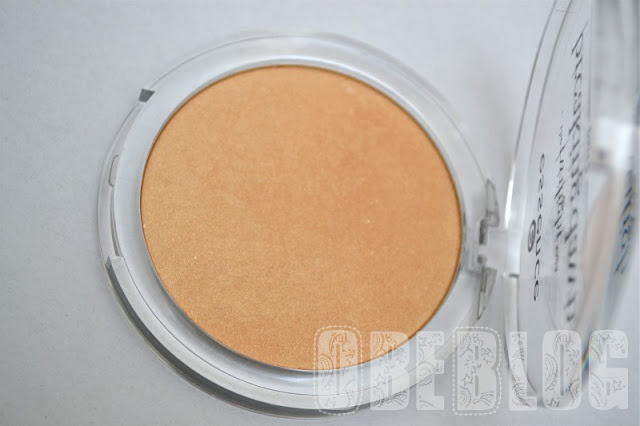 CREPÚSCULO_AMANECER_2_ESSENCE_Highlighter